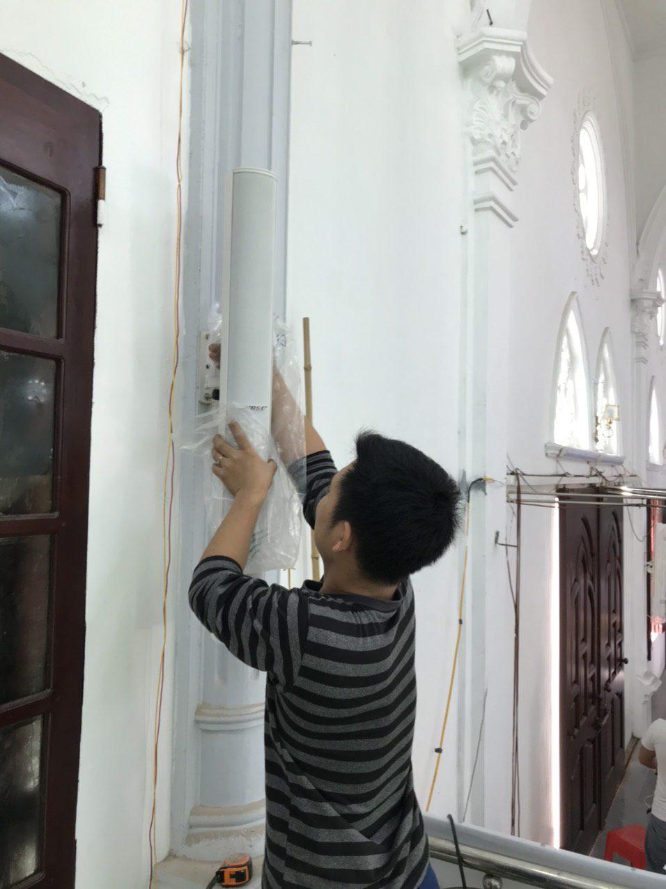 lắp đặt loa bose ma12 nhà thờ