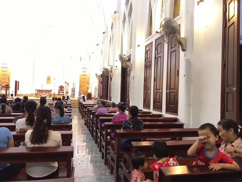 lắp đặt hệ thống âm thanh nhà thờ giáo xứ hoàng hạ